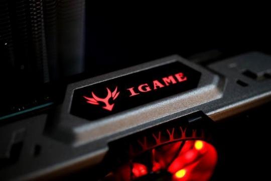 Colorful представил видеокарту iGameGTX1070 X-TOP-8G Advanced Limited