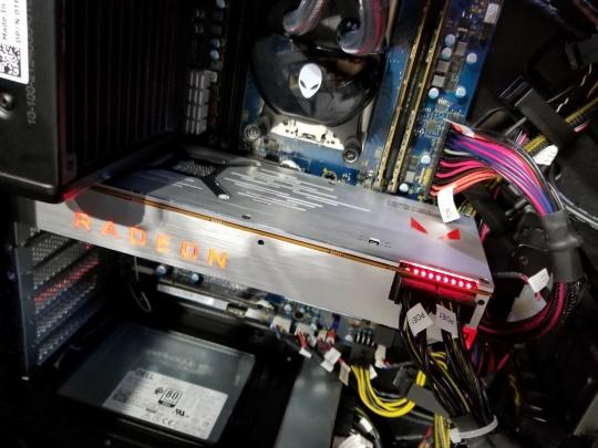 AMD Radeon RX Vega_14