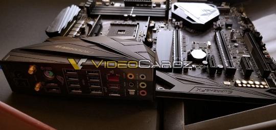 ASUS ROG Crosshair VII X470_02